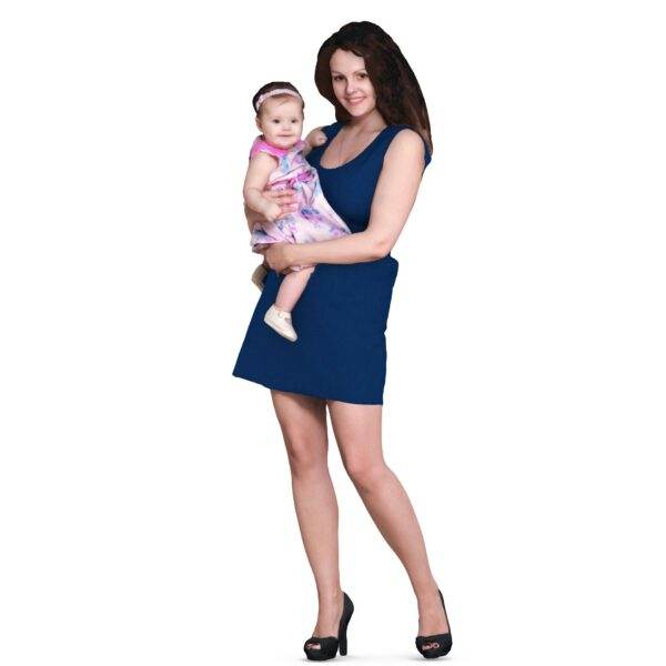 Mom holds 3d baby in her arms - scanned 3d model - Renderbot